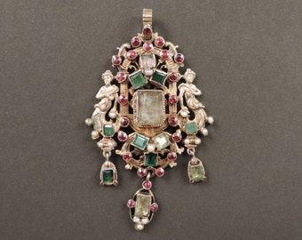Renaissance Revival pendant in vermeil with emeralds, garnets and beads