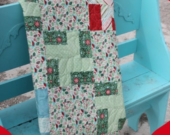SALE! > Christmas PRE-CUT Quilt Kit > Evergreen from Moda < Jump Start Quilt Kit > Strip Quilt Method