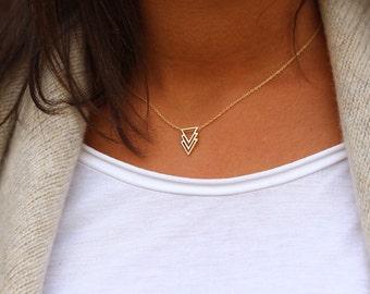 triangle necklace, arrow necklace, geometric necklace, 3 triangles necklace,  Minimal, Delicate Necklace - dainty necklace - triangles