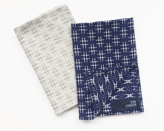 Hitomi Embroidered Japanese Woven Cotton Pocket Square
