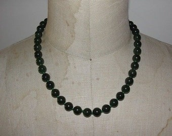 14 kt Gold and Natural Green Jade Bead Necklace
