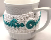 White & Green Crochet Travel Mug Cozy, Handcrafted White Cosy, Hot Coffee Mug Cosie Accessory, Fall Gift Idea, Take Out Cup Wrap Cozy (CZ8)