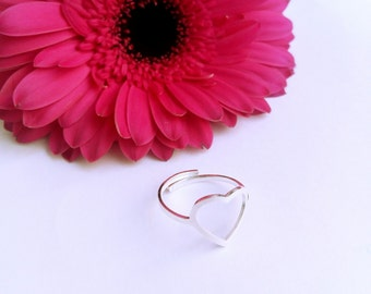Adjustable steel heart ring