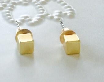 SALE... Mini Gold Cube Square Stud Earrings