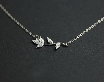 Silver Leaf Branch necklace in Sterling Silver - Leaf Branch  Necklace in Sterling Silver - Leaf Branch necklace - Delicate Necklace