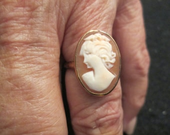 10kt. Cameo Rings>> BLOWOUT SALE>> Vintage 1950's>> sizes 5 thru 8 available