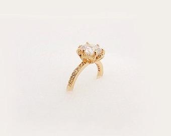 ELEANOR Ring in 18K Gold