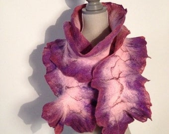 Meriono hand felted wool scarf with Ruffles.