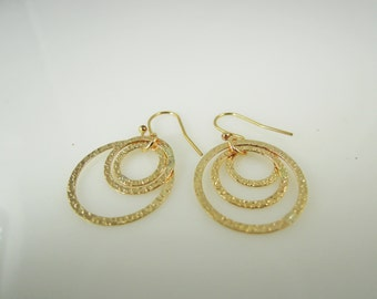 Hammered Triple Circle Pendant Earrings in Gold Filled