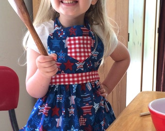 Fourth of July Apron, Child's Apron, Kids, Childrens Apron, Toddler, Little Girls Apron, Baking Apron,Little Helper Apron, July 4th,