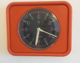 clock philips orange