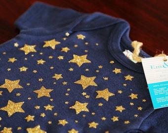 ON SALE // 3-6 Month Navy Short Sleeve Organic Baby Onesie with Copper stars: organic cotton, handprinted, navy, stars, 6-12 months