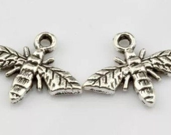 12pcs Tibetan Silver Little Honey Bee Charms 17mm by 13.5mm Bees Jewelry Making Supplies Bracelet Necklace (ID CH-45)