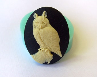Mould #222 — Cameo 'Wise Owl'