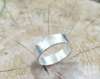 Hammered Silver Ring, US Size 8