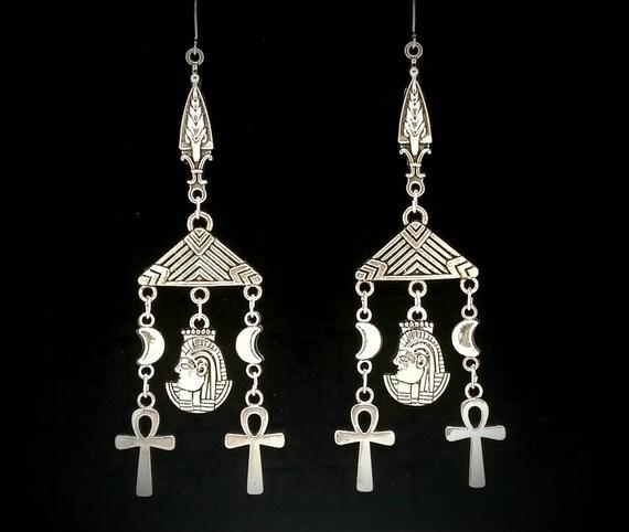 ISHTAR, ankh, crescent moon, egyptian earrings - king tut, isis, eye of horus, goth, gothic, gothic jewelry, darkwave, punk rock girl, nile
