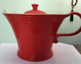 Vintage Hall Melody Chinese Red Teapot