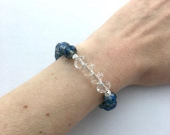 Blue bridal jewellery / royal blue bracelet / elegant bracelet / statement bracelet / blue glass bead bracelet / gift for her
