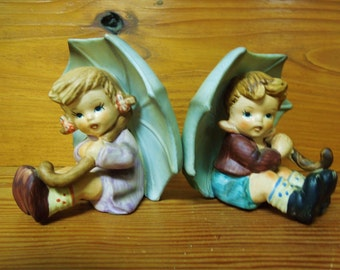 Vintage: Boy and Girl with Umbrella Figurines/1960's Figurine.{G5-233#00875}