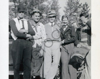 Goofy College Days - 1940's 1950's - ladies, gents, group, hat-wearing youngin's!