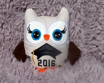 Graduation Autograph Stuffed Owl Plush, Personalized Graduation Gift, Owl Softie, Memory Owl, Customize for School Colors, Graduation Gift
