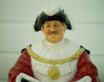 Royal Doulton China Figurine - 'The Mayor' - HN2280 - 1963-1971 - M Nicoll - England .