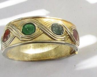 Vintage Jewel Tone Glass Design  Gold Tone Bangle Bracelet L12