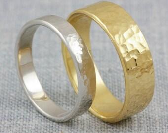 Couples wedding ring set, 14K gold wedding bands, handmade wedding bands, wedding bands his and hers, hammered matching ring set, WB003