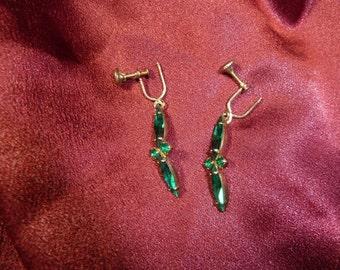 Vintage Emerald Green Glass Earrings