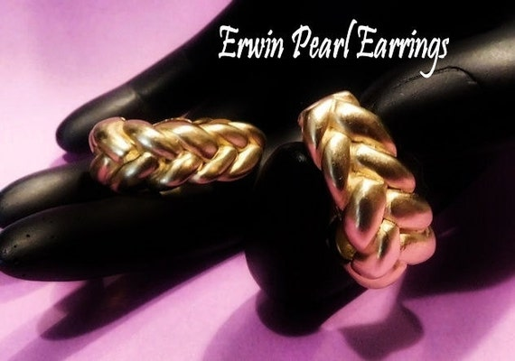 Designer Erwin Pearl Earrings Clip On Signed High End Jewelry Fashion Vintage 1970s 1980s Knot Rope Heavy Gold Plate Wedding Bride Mother