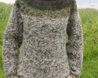 Unisex knit icelandic sweater made of pure, unspun icelandic wool, size XS in stock and ready to ship, all other sizes made to order.