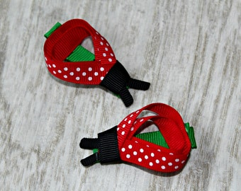 Non-slip grip Ladybug clippies, hair accessories, baby, little girl, gift, shower, anniversary, hairstyle, fashion