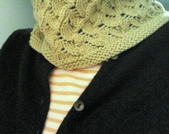 Handknit Wool Cowl