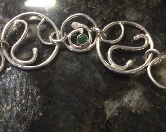Toggle clasp with forgded links accented with 4mm green CZ