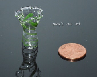 1:12 Miniature Green Swirled Ruffled Vase/ Dollhouse Miniature Vase/ BD-HB061