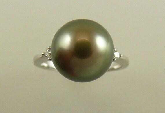 Tahitian Dark Gray 11 mm Pearl Ring With 14K White Gold & Diamonds 0.11ct