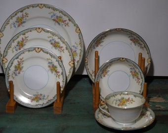 Noritake Lanare China Place Setting