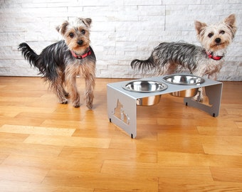 Elevated dog and cat feeder, bowl holder
