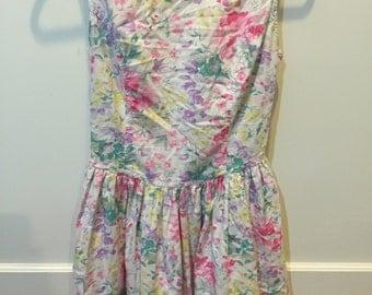 Vintage Floral V-Back dress
