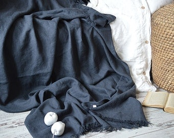 Linen throw blanket with fringe / without fringe - Heavy weight  linen blanket - Softened thick linen coverlet - Summer blanket