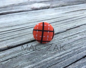 Hoops Button Pin