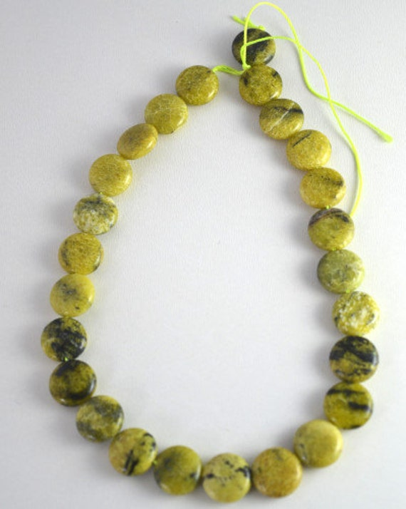 Serpentine Lime Green Round Agate Gemstone Beads 1 strand 24 PCs Size ...
