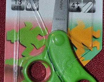 Fiskars Total Control Kids Scissors,  GREEN
