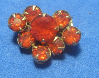 VINTAGE Antique Brooch Small Red Jewels
