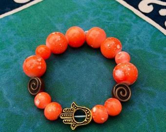 Hamsa spiraled bracelet