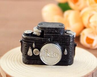 Doll house Miniature Vintage Camera, Retro Camera Figurine, Accessories Dollhouse decoration