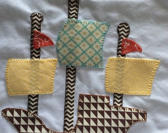 Pillowcase with pirate ship decoration