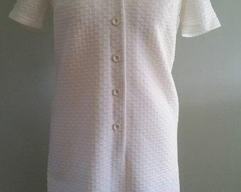 White Shift Dress / Vintage Dress / Mod Dress / 1960s Dress Bust 38/ Size 10-12/ Short Sleeved Dress / White Shirt Dress / Button Up Dress /