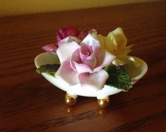 Vintage Beautiful Staffordshire Hand-Painted Bone China Rose Bouquet in Dish