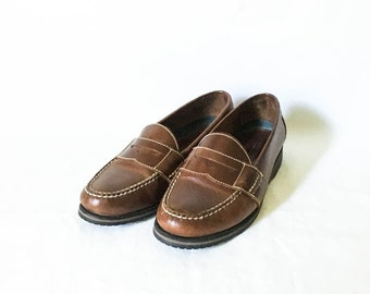 Women's brown leather loafers 6.5 M - Women's brown leather weejuns - GH Bass weejuns - Brown leather shoes - Penny loafers